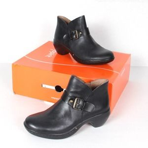 Easy Spirit Leather Ankle Boot Size 6M